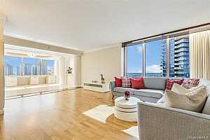 MLS # 201904379 : 415 SOUTH STREET  UNIT 1701