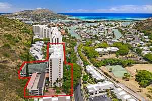 MLS # 201915075 : 555 HAHAIONE STREET  UNIT 1D