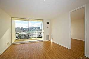 MLS # 201917184 : 400 HOBRON LANE  UNIT 1812