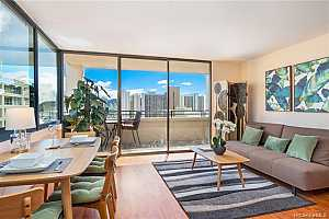 MLS # 201919799 : 2410 CLEGHORN STREET  UNIT 2902