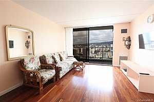 MLS # 201920967 : 400 HOBRON LANE  UNIT 3608