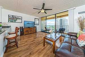 MLS # 201923581 : 411 HOBRON LANE  UNIT 3010