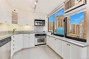MLS # 201927100 : 343 HOBRON LANE  UNIT 1904
