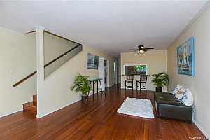 MLS # 201927579 : 92 PUWA PLACE