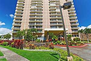MLS # 201932926 : 98-450 KOAUKA LOOP #409