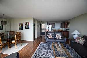 MLS # 202002258 : 98-715 IHO PLACE #4705