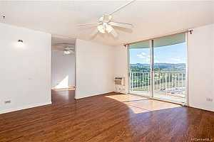 MLS # 202004883 : 98-1038 MOANALUA ROAD #7-1608