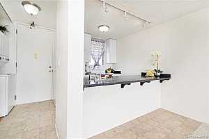 MLS # 202012245 : 98-099 UAO PLACE #3002