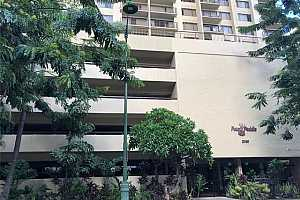 MLS # 202029503 : 2140 KUHIO AVENUE #1010
