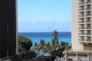 MLS # 202032131 : 2425 KUHIO AVENUE #901