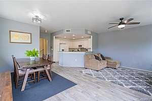 MLS # 202107441 : 7018 HAWAII KAI DRIVE #606