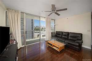 More Details about MLS # 202118630 : 2522 DATE STREET #1005