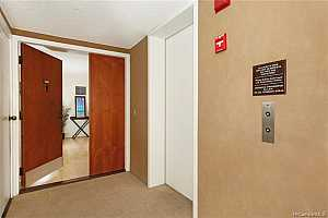 More Details about MLS # 202120632 : 1114 PUNAHOU STREET #12A