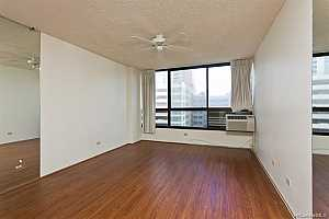More Details about MLS # 202121251 : 876 CURTIS STREET #1008