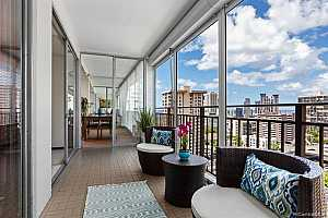 More Details about MLS # 202123310 : 1415 VICTORIA STREET #1206