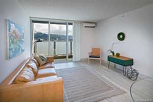More Details about MLS # 202124487 : 801 SOUTH STREET #3801