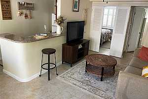 More Details about MLS # 202124496 : 1821 LIPEEPEE STREET #103