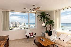 More Details about MLS # 202124810 : 88 PIIKOI STREET #2708