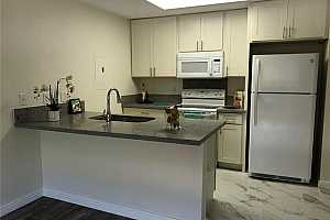 More Details about MLS # 202124976 : 493 MANANAI PLACE #31S
