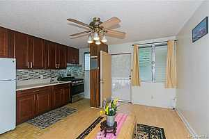 More Details about MLS # 202125538 : 1036 GREEN STREET #206