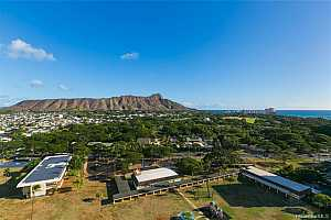 More Details about MLS # 202126273 : 2600 PUALANI WAY #2102