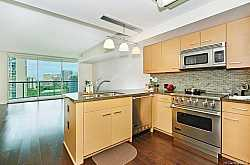 ALLURE WAIKIKI Condos For Sale