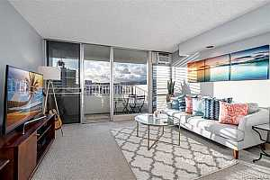 SCENIC TOWERS Condos for Sale