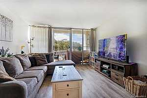 Browse active condo listings in VALLEYVIEW MELEMANU