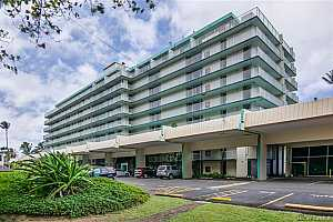 Browse active condo listings in PUNAHOU