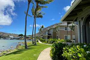 Browse active condo listings in WEST MARINA