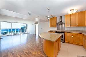 Browse active condo listings in MOANA PACIFIC