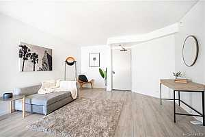 Browse active condo listings in HONOLULU PARK PLACE