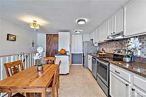 Browse Active MAKAHA Condos For Sale